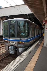 521系富山行き