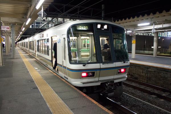 221系大垣駅