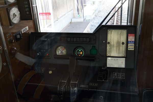 6300系運転台