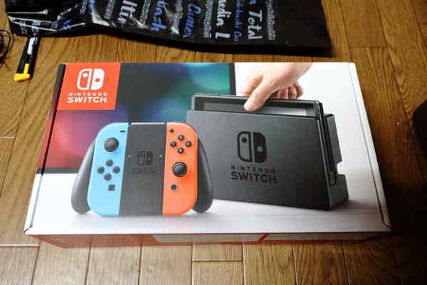 Nintendo Switch本体の化粧箱