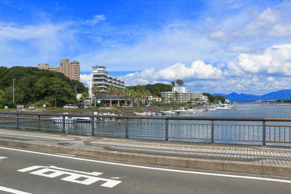 近畿大学水産研究所白浜実験場付近