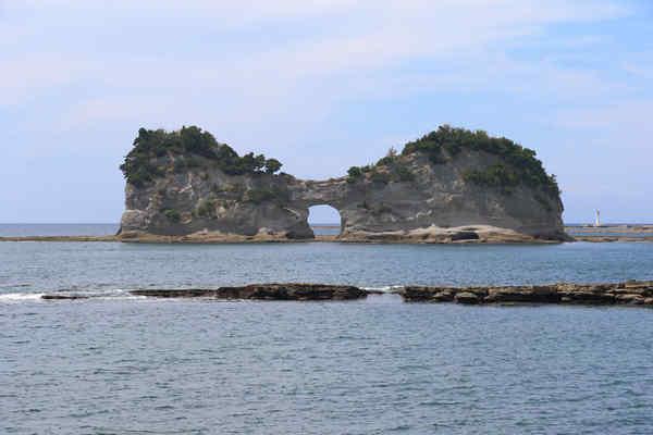 円月島(高嶋)
