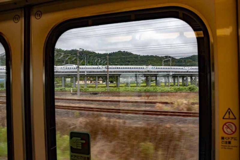 米原駅 新幹線合流付近